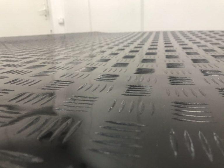 Напольные покрытия из стекловолокна